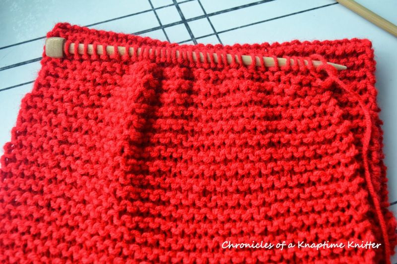 Infinity Scarf Knitting Pattern - Housewives Hobbies