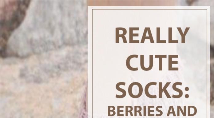 Knitting Pattern Berries and Cream Slipper Socks