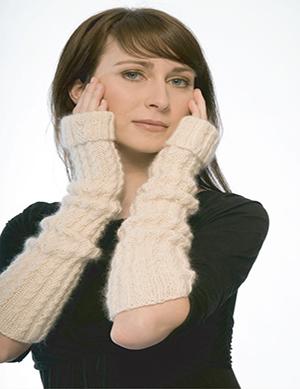 Opera Knitted Gloves Pattern (FREE)