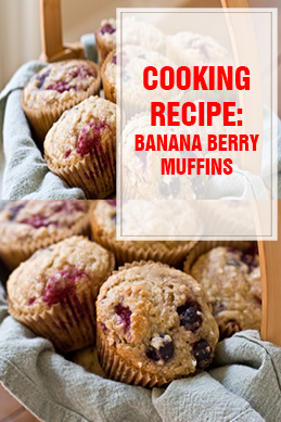 Banana Berry Muffins thump